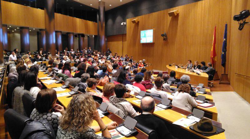 Los huérfanos y huérfanas por violencia de género se visibilizan a través de Fundación Mujeres en una jornada parlamentaria en el Congreso